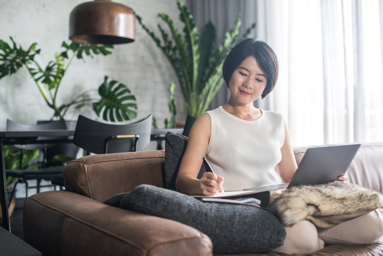 How to Find Remote Lawyer Jobs